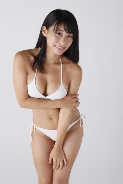 塚田 綾佳